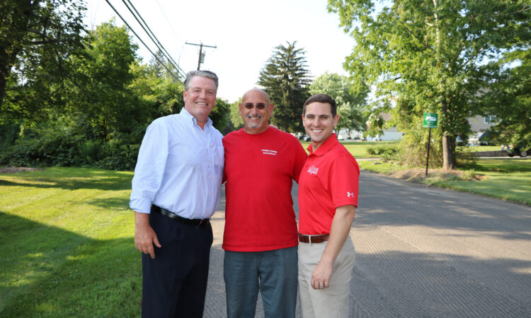 YORKTOWN HEIGHTS, NY – The dynamic team of State Senator Terrence Murphy, Yorktown Highyway Superintendent Dave Paganelli and Murphy's former Chief of Staff, Matt Slater, celebrated the anticipated makeover of Quinlan Street. In 2018 Murphy secured a $250,000 grant from New York State to give the busy artery a much needed facelift. Last week, crews […]