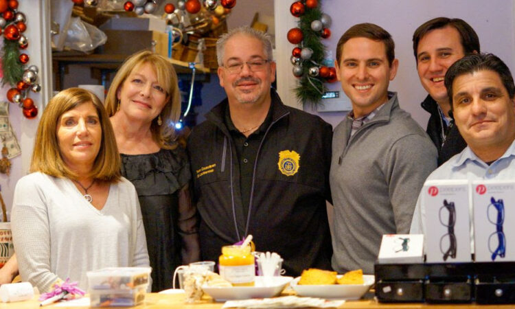 """YORKTOWN HEIGHTS, NY – Recognizing the important role small businesses play in Yorktown's local economy, Supervisor Elect Matt Slater joined New York State Assemblyman Kevin Byrne, Yorktown Councilman Ed Lachterman and Yorktown Chamber of Commerce President Sergio Esposito at Wishes Boutique of the Heights Hamlet on Small Business Saturday. """"Small Business Saturday is a wonderful […]"""